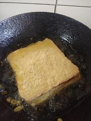 Besan Aloo Bread Pakora